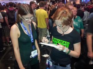 Hier bekommt Angi ein Autogramm. Hoffentlich wird das mal was wert sein :D