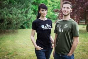 Christina & Tobias mit unseren neuen Shirts :)